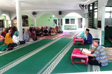 Persit KCK Cab XXXIV Kodim 0734/Yka Gelar Pengajian Dibulan Ramadhan