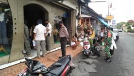 Pendampingan Kegiatan Protkes Di Toko Batik, Yakinkan Penggunaan Masker
