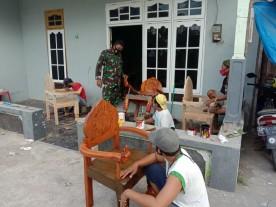 Babinsa Ngangsu Kawruh Pembuatan Meubel