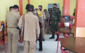Lawan Covid-19, Babinsa Koramil 07/Umbulharjo bersama Tim gugus Tugas Melaksanakan edukasi dan Pendisiplinan Protokol Kesehatan