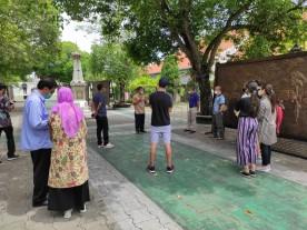 DANRAMIL GONDOMANAN DAMPINGI PASIS NEGARA SAHABAT DIK REG XLVII SESKO TNI PENGENALAN BUDAYA YOGYAKARTA